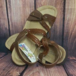 GUC earth origins sandals brown 11w